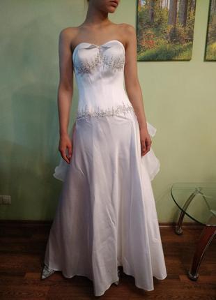 Платье свадебное белое vesna