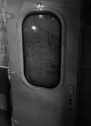 Дверь 2000×900мм. в полном комплекте.