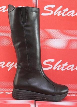 Кожаные зимние женские черные сапоги на блестящей платформе на...