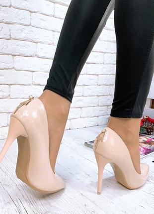 ❤ женские  бежевые лаковые туфли лодочки ❤