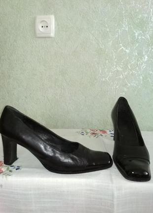 Туфли vero cuoio.