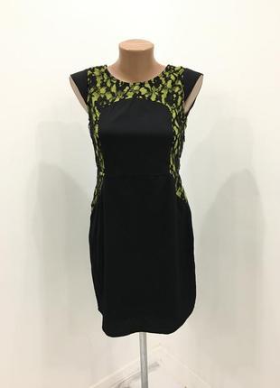 Стильное платье с ажуром