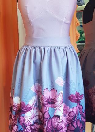 Женская юбка в сборку с цветочным принтом космея