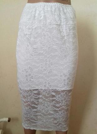 Белая ажурная юбка-карандаш