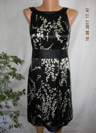 Красивое платье из натурального шелка