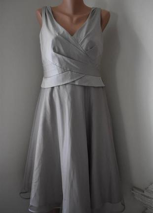 Красивое платье с фатиновой юбкой monsoon