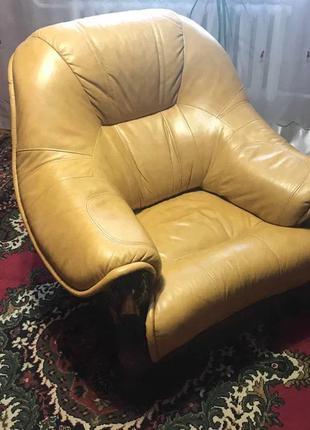 Кресло кожаное ручной работы