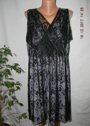 Нарядное кружевное платье большого размера