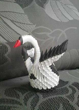 Фигурка лебедя (модульное оригами)