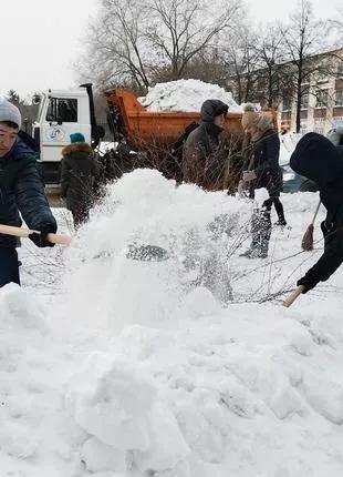 Уборка снега в любом районе города или пригорода