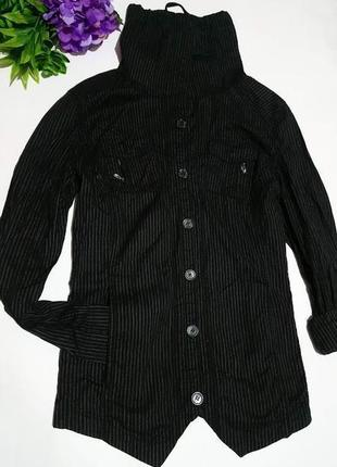Рубашка с карманами ,оригинальным воротником ,cecil