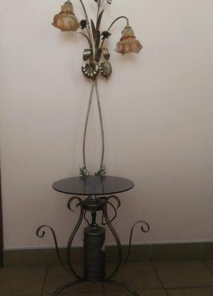 Кованый торшер со столиком и ночником