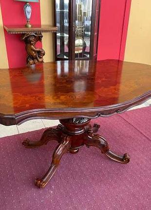 Изысканный обеденный стол в стиле Барокко