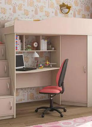 Детская кровать чердак со столом и шкафом.