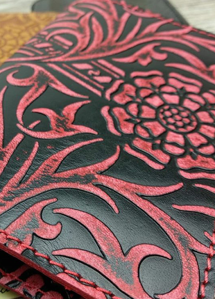 Кожаная обложка на паспорт