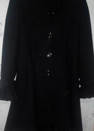 Пальто с асимметричным подолом