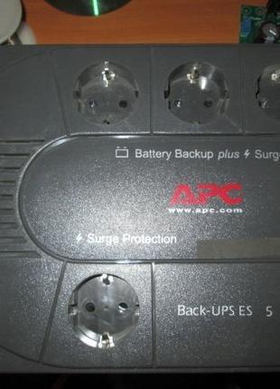 Источник бесперебойного питания APC Back-UPS ES 525