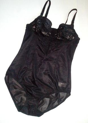 75-а+ чёрный боди-комбидресс-утяжка с мягкой гипюровой чашкой bhs