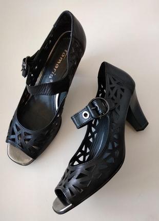 38р. кожаные открытые туфли-босоножки tamaris
