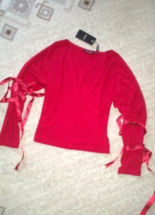 36-38р. красная свободная блузка с атласными лентами на рукава...