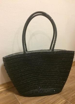 Черная плетеная пляжная сумка
