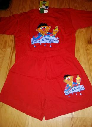 Костюм - футболка і шорти