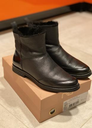 Зимние сапоги, ботинки в 38 размере!