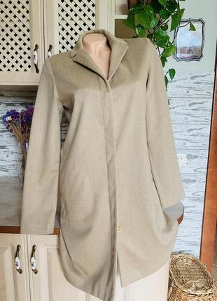 Шерстяное женское пальто  прямого кроя сезон весна осень