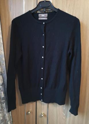 Кофта свитер на пуговицах с камнями с ангорой и кашемиром.