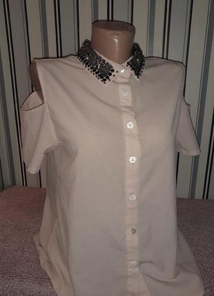 Нарядная блузка с нарядным воротником