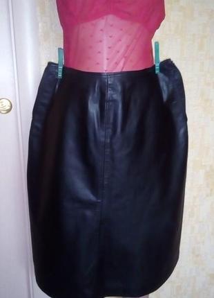 Отличная юбка из 100 %  кожи/юбка кожаная/юбка/кожаная юбка