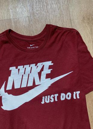 Крутая футболка nike