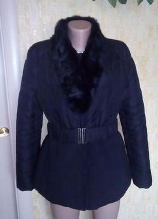 Пуховик с натуральным мехом и поясом//куртка/плащ/пуховик/пальто