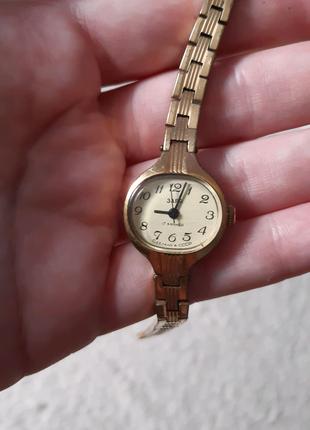 Часы женские Заря СССР