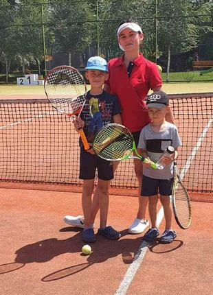 Тренер з великого тенісу, для занять з дітьми