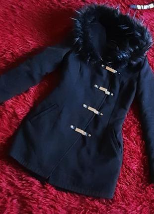Пальто зима 42 р.