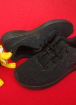 Кроссовки Nike Tanjun оригинал 31 размер 20.5 см