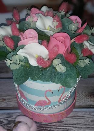 Коробочка подарочкая с цветами ручной работы