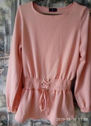 Красивая,нарядная блузка