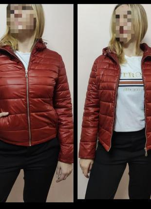 Женская демисезонная куртка стеганая терракотовая  от livre