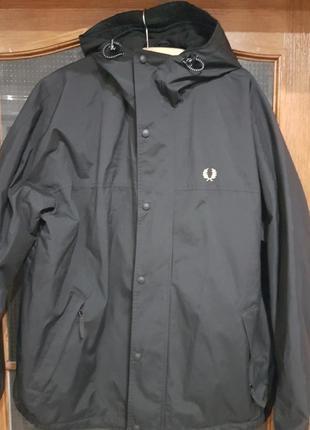 Крутая теплая  мужская куртка fred perry
