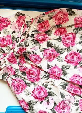 Платье в цветы для девочек
