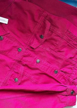 Яркая джинсовая куртка topshop p 8(c)  новая с бирками