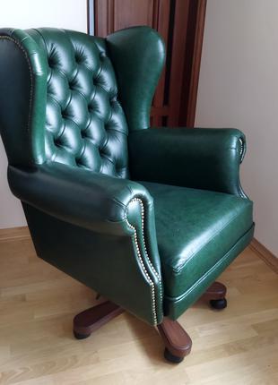Новое кожаное кресло garne kriselechko, каретная стяжка, кабинет,