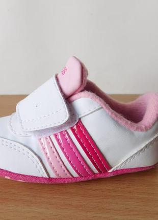 Пинетки кроссовки adidas 9 р. стелька 12 см