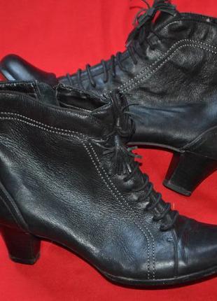Кожаные ботиночки clarks