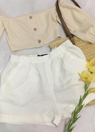 Льняные шорты с завышенной талией zara