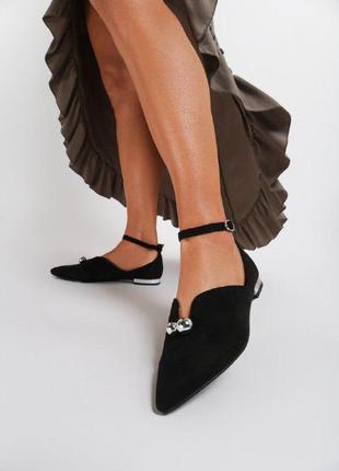 Черные замшевые балетки на плоской подошве