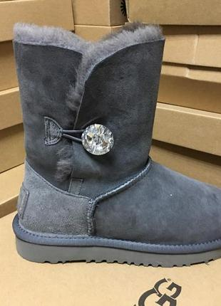 Женские сапоги ugg bailey button bling grey