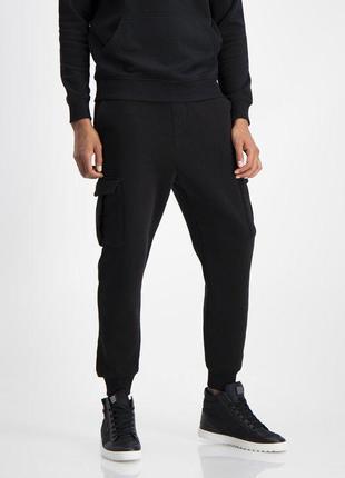 Продам новые мужские спортивные утеплённые штаны new yorker